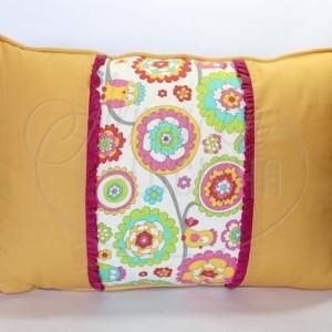 Almacen Lucicha (Regalos Y Objetos De Diseño):        Almohadón Mandalas Combinado Con Naranja