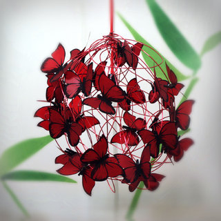 At Last! Crafts (Iluminación):        Lampara Con Mariposas Rojas