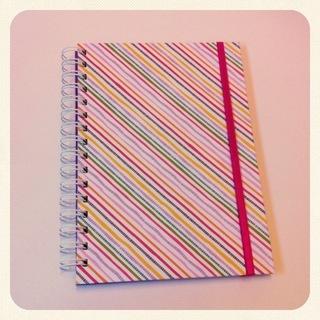 Doris Cuadernos (Art. De Librería / Oficina):        Cuaderno Grande Liso