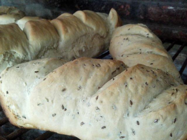 Es Orgánico (Comidas Y Alimentos):        Pan Casero Integral Con Semillas 700gr Aprox