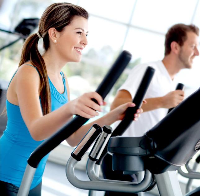 Gerbo Sport (Deportes Y Fitness):        Chica Andando En Cinta De Gimnasio