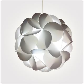 Klik Iluminación (Iluminación):        Momo