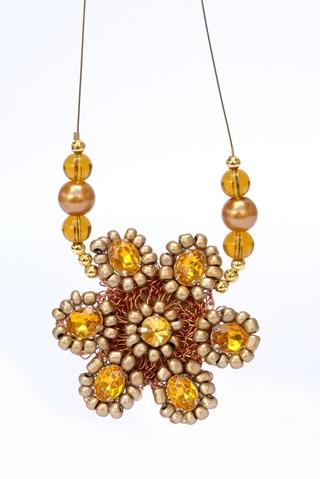 Las Penelope (Accesorios De Moda Y Bijou):        Collar Glamour Con Flor