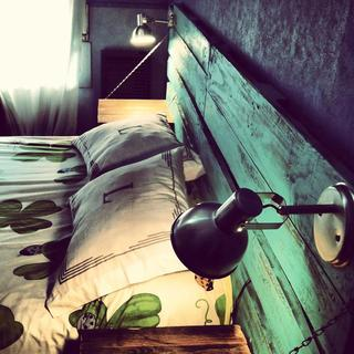 Muhl Pallets & Deco (Decoración, Bazar & Hogar):        Respaldo De Cama Doble Con Mesa De Luz