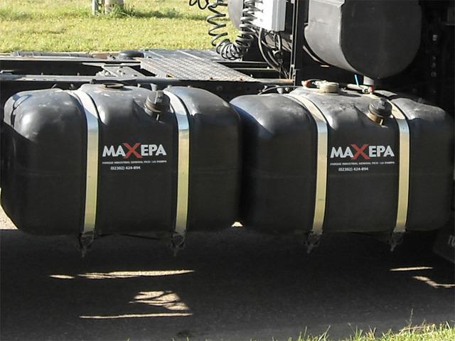 Tanques Maxepa (Otros Productos):        Tanque Lateral 270 Litros Con Soportes