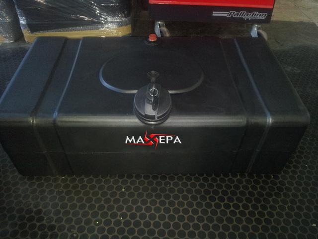 Tanques Maxepa (Otros Productos):        Tanque Lateral De 80 Litros Con Soportes