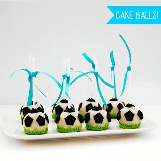 The Cookie Factory (Comidas Y Alimentos):        Futbol Cake Pops Box X 8 U.