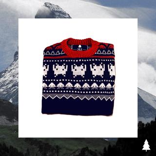 This Is Feliz Navidad (Indumentaria):        Invader Sweater